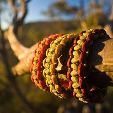 how to make a survival bracelet - For the Love of Outdoors