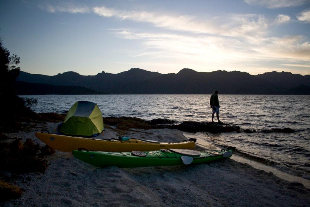 kayaking lake pedder beach camping
